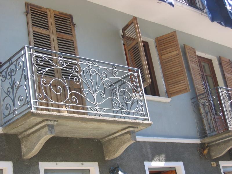 balcon en fer forg avignon n mes uz s sorgues orange 30 84. Black Bedroom Furniture Sets. Home Design Ideas